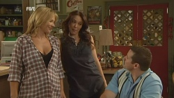 Steph Scully, Libby Kennedy, Toadie Rebecchi in Neighbours Episode 5927