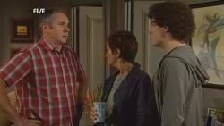 Karl Kennedy, Susan Kennedy, Harry Ramsay in Neighbours Episode 5927