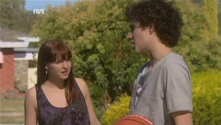 Summer Hoyland, Harry Ramsay in Neighbours Episode 5928