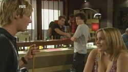 Andrew Robinson, Harry Ramsay, Natasha Williams in Neighbours Episode 5928