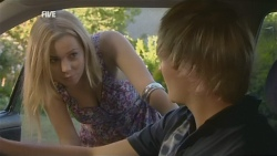 Natasha Williams, Andrew Robinson in Neighbours Episode 5928