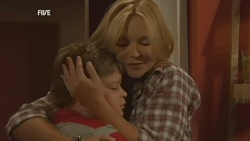 Callum Jones, Steph Scully in Neighbours Episode 5929