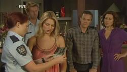 Snr. Const. Sophie Cooper, Donna Freedman, Paul Robinson, Rebecca Napier in Neighbours Episode 5930