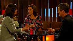 Diana Marshall, Rebecca Napier, Paul Robinson in Neighbours Episode 5963