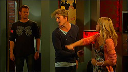 Lucas Fitzgerald, Andrew Robinson, Donna Freedman in Neighbours Episode 5965