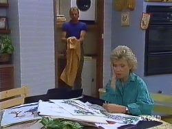 Jim Robinson, Helen Daniels in Neighbours Episode 0437