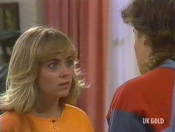 Jane Harris, Mike Young in Neighbours Episode 0437