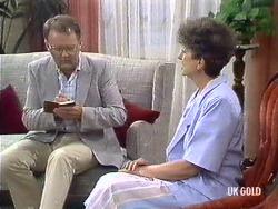 Harold Bishop, Nell Mangel in Neighbours Episode 0439