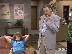 Madge Bishop, Harold Bishop in Neighbours Episode 0439