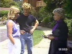 Jane Harris, Henry Mitchell, Helen Daniels in Neighbours Episode 0439