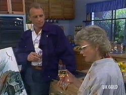 Jim Robinson, Helen Daniels in Neighbours Episode 0440