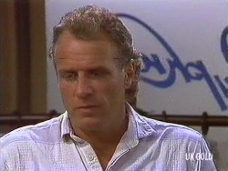 Jim Robinson in Neighbours Episode 0440