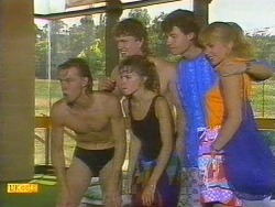 Scott Robinson, Charlene Mitchell, Henry Ramsay, Mike Young, Jane Harris in Neighbours Episode 0670