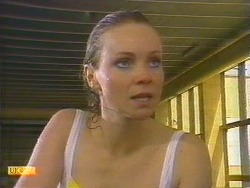 Sally Wells in Neighbours Episode 0670