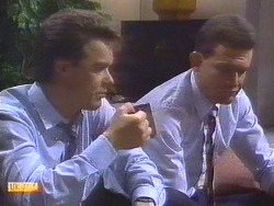 Paul Robinson, Des Clarke in Neighbours Episode 0670