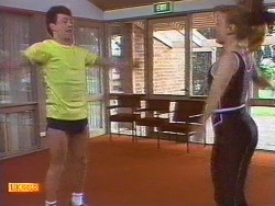 Tony Romeo, Sally Wells in Neighbours Episode 0670