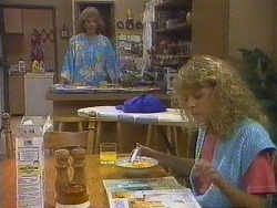 Madge Ramsay, Charlene Robinson in Neighbours Episode 0672