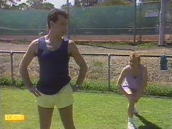 Tony Romeo, Sally Wells in Neighbours Episode 0672