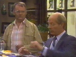 Harold Bishop, Graham Clifford in Neighbours Episode 0672