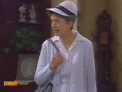 Nell Mangel in Neighbours Episode 0672