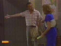 Harold Bishop, Madge Ramsay in Neighbours Episode 0672