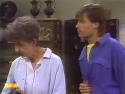 Nell Mangel, Mike Young in Neighbours Episode 0673