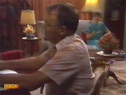 Harold Bishop, Nell Mangel in Neighbours Episode 0673