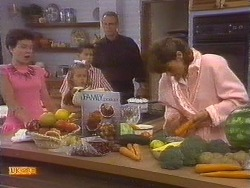 Lucy Robinson, Katie Landers, Todd Landers, Jim Robinson, Beverly Marshall in Neighbours Episode 0673