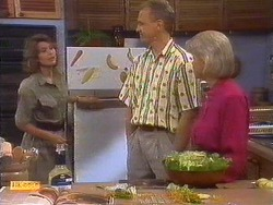 Beverly Marshall, Jim Robinson, Helen Daniels in Neighbours Episode 0673