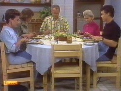 Gail Robinson, Beverly Marshall, Jim Robinson, Helen Daniels, Paul Robinson in Neighbours Episode 0673