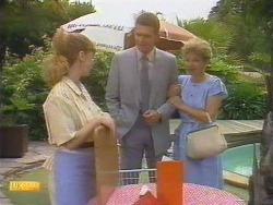 Sally Wells, Des Clarke, Eileen Clarke in Neighbours Episode 0674