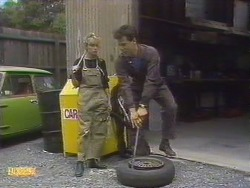 Charlene Mitchell, Tony Romeo in Neighbours Episode 0675