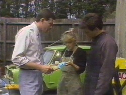 Des Clarke, Charlene Mitchell, Tony Romeo in Neighbours Episode 0675
