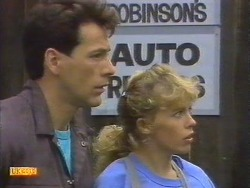 Tony Romeo, Charlene Mitchell in Neighbours Episode 0675