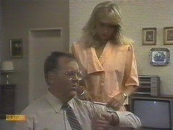 Harold Bishop, Jane Harris in Neighbours Episode 0676