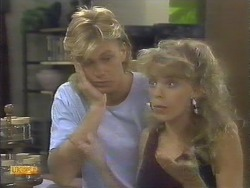 Scott Robinson, Charlene Mitchell in Neighbours Episode 0677