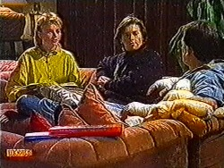 Bronwyn Davies, Mike Young, Des Clarke in Neighbours Episode 0822