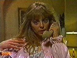 Jane Harris in Neighbours Episode 0822