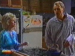 Helen Daniels, Jim Robinson in Neighbours Episode 0822