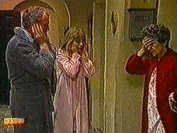 Jim Robinson, Jane Harris, Nell Mangel in Neighbours Episode 0822