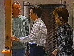 Jim Robinson, Paul Robinson, Gail Robinson in Neighbours Episode 0822