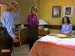 Scott Robinson, Jane Harris, Sylvie Latham in Neighbours Episode 0822