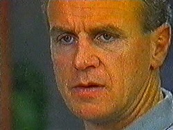 Jim Robinson in Neighbours Episode 0822