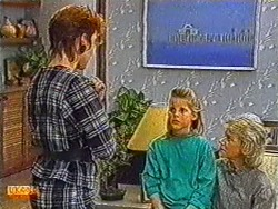 Gail Robinson, Katie Landers, Helen Daniels in Neighbours Episode 0823
