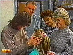 Beverly Robinson, Jim Robinson, Katie Landers, Gail Robinson, Helen Daniels in Neighbours Episode 0823
