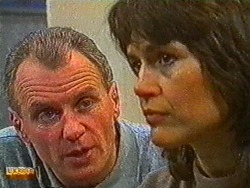 Jim Robinson, Beverly Robinson in Neighbours Episode 0823