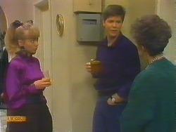 Jane Harris, Joe Mangel, Nell Mangel in Neighbours Episode 0824
