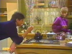 Joe Mangel, Jane Harris in Neighbours Episode 0824
