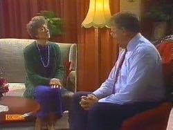 Nell Mangel, Harold Bishop in Neighbours Episode 0824