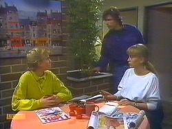 Bronwyn Davies, Mike Young, Jane Harris in Neighbours Episode 0824